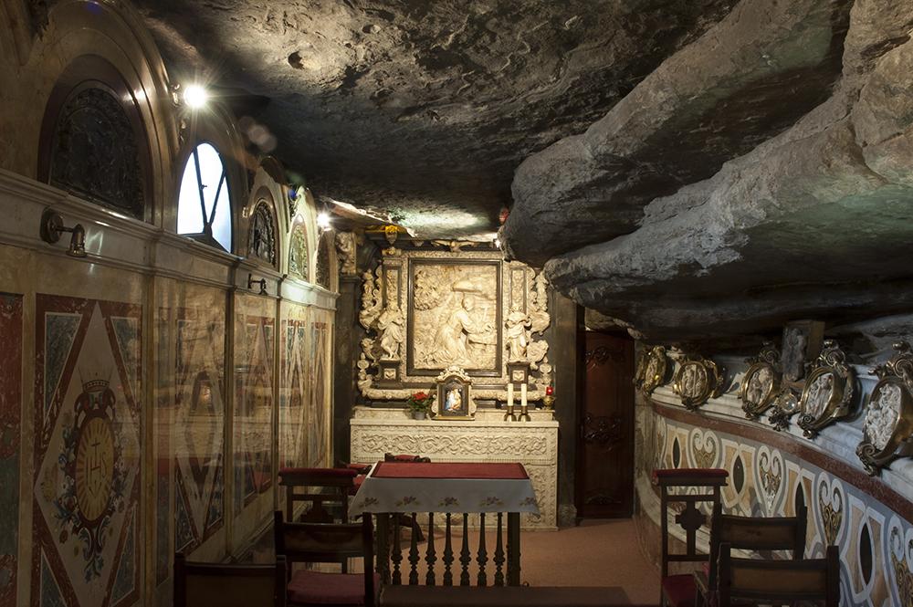 patrimoni protegit arquitectura religiosa barroc cova de sant ignasi esgl?es monuments religiosos turisme